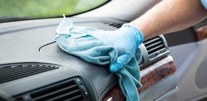Vệ sinh và bảo dưỡng nội thất ô tô