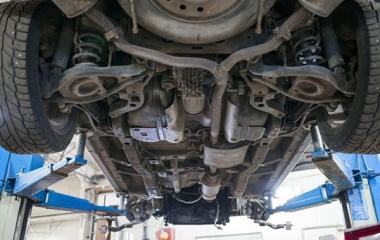 Sơn phủ gầm xe ô tô quan trọng như thế nào?