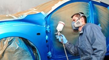 Giá sơn xe ô tô càng rẻ càng tốt?